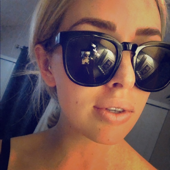 3446a361c42 Women s Spy Quinn Sunglasses. M 5a66bb2b9d20f005238b738e